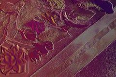 papel pintado acogedor, de lujo y rico del tema de la caída 3D El extracto subió papel de arte para las miradas creativas imagen de archivo libre de regalías