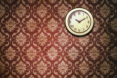 Papel pintado clásico del reloj de pared del vintage Imagen de archivo