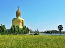 papel pintado hermoso del fondo de la religión del viaje del templo viejo del templo de la estatua de Buda del asiastyle es un si Fotos de archivo libres de regalías