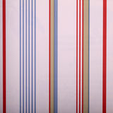 Papel pintado rayado blanco del vintage con las tiras rojas y del azul Fotografía de archivo libre de regalías