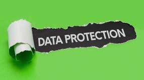 Papel rasgado que revela a proteção de dados da palavra fotos de stock