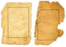 Papel textured viejo con el borde decrépito. Imagen de archivo