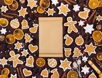 Papel vacío de la Navidad de las galletas del pan de jengibre para el canela de las naranjas del Año Nuevo de la receta Fotografía de archivo