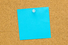 Papel vazio azul do post-it Fotos de Stock Royalty Free