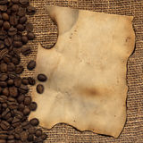 Papel velho com os feijões de café do despedida Imagens de Stock Royalty Free