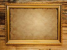 Papel velho na moldura para retrato Imagem de Stock
