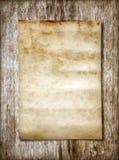 Papel velho na textura de madeira marrom com testes padrões naturais Fotos de Stock