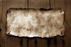 Papel viejo con los bordes quemados fotografía de archivo libre de regalías