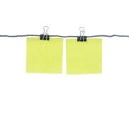 Papel y clip de nota Fotografía de archivo libre de regalías