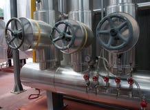 Papel y fábrica de celulosa - planta de la cogeneración Imagen de archivo libre de regalías