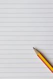 Papel y lápiz vacíos de nota imagen de archivo libre de regalías