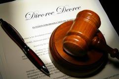 Papeles del divorcio Imágenes de archivo libres de regalías