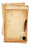 Papeles viejos con la canilla Fotos de archivo libres de regalías