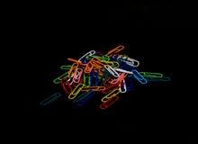 Paper-clip vertical Fotografía de archivo libre de regalías