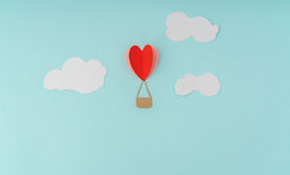 Paper cut of Heart Hot air balloons for Valentine's Day celebrat Stock Photography