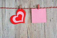 Paper heart and blank note Royalty Free Stock Photography