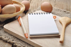 Paper note and Pencil  in Kitchen. Royalty Free Stock Images