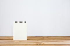 Paper notes on table Royalty Free Stock Images
