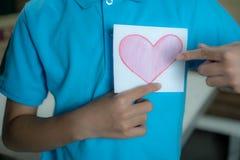 paper pink för hjärta royaltyfria foton