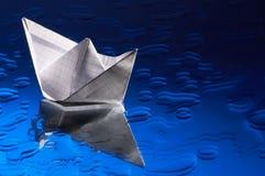 paper ship Arkivbild