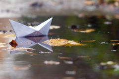 Paper toy boat Royalty Free Stock Photos