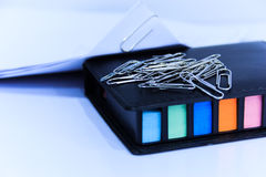 Paperclip and post it Royalty Free Stock Images