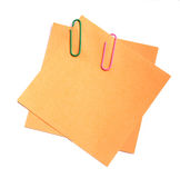 Paperclippen op documenten Stock Foto's