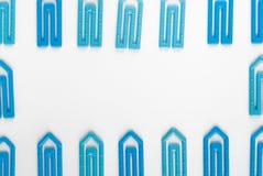 Paperclippen op een Witboek Royalty-vrije Stock Afbeelding