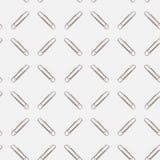 Paperclips su un fondo bianco immagini stock