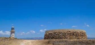 Paphos Chipre 2011 Faro y monumento viejos Fotografía de archivo