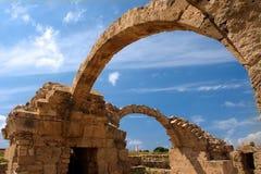 Paphos, kolones del saranta del castillo de los cruzados Foto de archivo