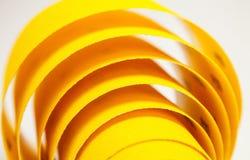Papier à l'émeri jaune Images stock