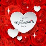 Papier blanc heureux de coeur de jour de valentines sur la rose de rouge Image stock