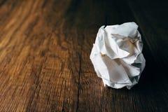 Papier chiffonné de bureau Image stock