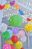 Papier coloré et ballons Photo libre de droits