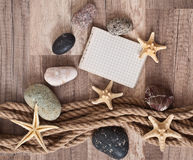 Papier, corde, étoile de mer, pierres de mer Photo stock