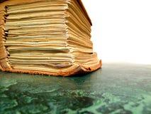 papier de bureau de livre vieux Photo libre de droits
