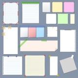 Papier de note vide avec l'ensemble sur bande coloré collant Vecteur Photo libre de droits