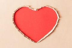 Papier de symbole déchiré par amour artificiel Photographie stock