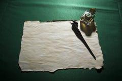 Papier, dutka i inkwell, zdjęcie royalty free