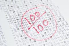 Egzaminu test, 100 wyników Fotografia Royalty Free