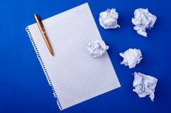Papier et crayon lecteur de Copybook images libres de droits