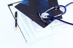 Papier médical de poignée d'image Image stock