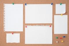 Papier na korek desce dla teksta i tła Zdjęcia Stock