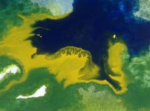 Papier peint brouillé lumineux d'été de tache de débordement de baie de côte de main texturisée de décoration de fond d'abrégé su Photo stock