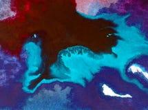 Papier peint brouillé lumineux d'été de tache de débordement de vague de mer de main texturisée de décoration de fond d'abrégé su Images stock