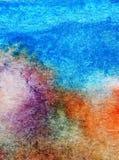Papier peint brouillé lumineux de tache de débordement de main texturisée de décoration de pierre de colline de côte de fond d'ab Photographie stock