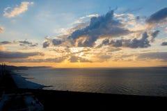 Papier peint idyllique de paradis de coucher du soleil Photo stock