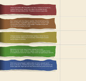 Papier quatre déchiré consécutif avec un bon nombre de pièce pour le texte et les descriptions Photos stock