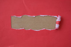Papier rouge déchiré pour le métier Photo stock